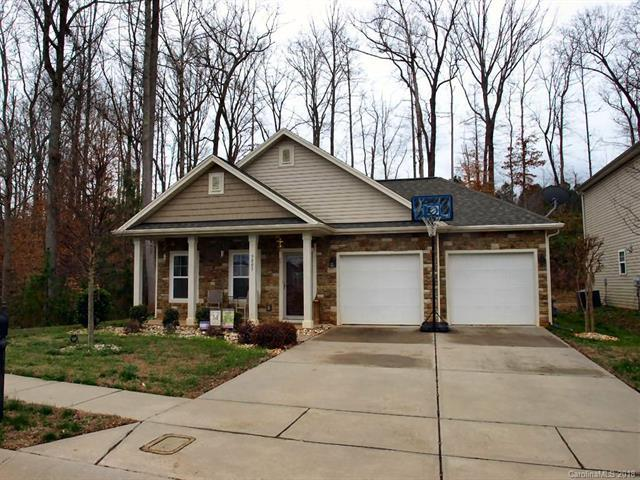 9803 Eagle Feathers Drive, Charlotte, NC 28214 (#3363007) :: Exit Mountain Realty