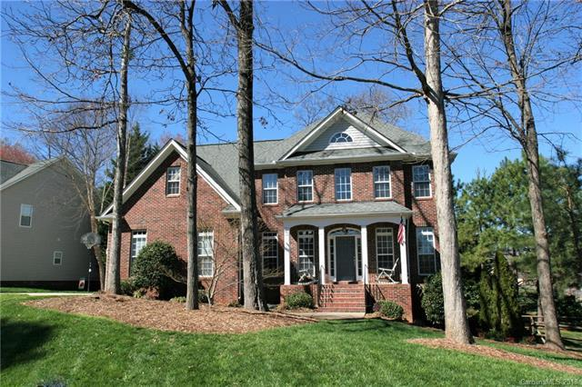 4804 Shadow Pine Drive, Charlotte, NC 28269 (#3364175) :: The Ramsey Group
