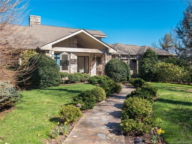 11 Las Brisas Lane, Hendersonville, NC 28739 (#3364819) :: Robert Greene Real Estate, Inc.
