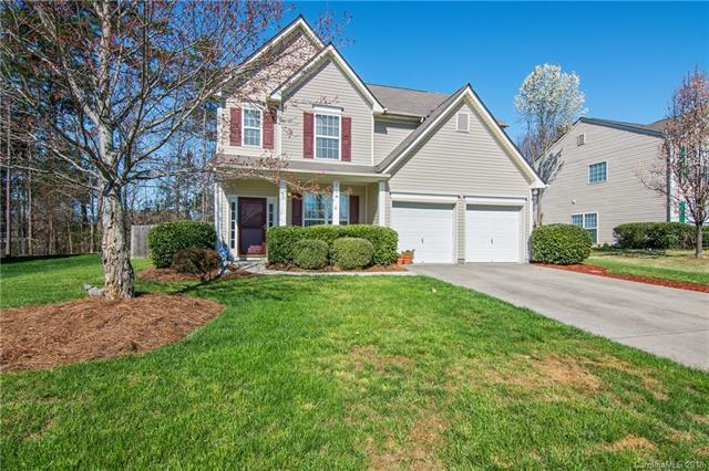 2017 Southwind Drive, Charlotte, NC 28216 (#3365382) :: The Sarver Group