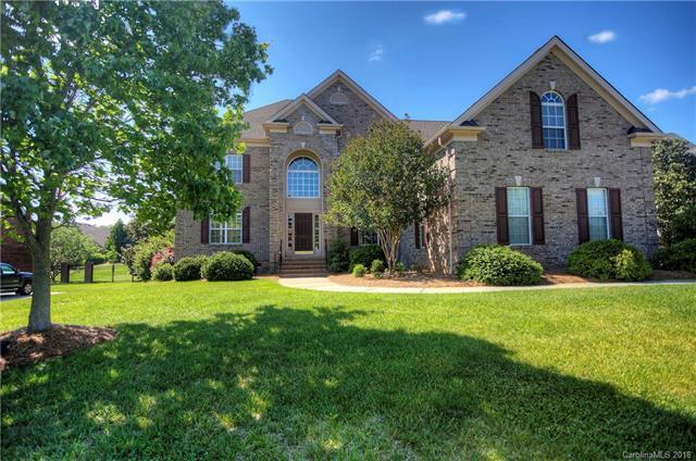 3005 Whisperfield Lane, Matthews, NC 28104 (#3368382) :: LePage Johnson Realty Group, LLC