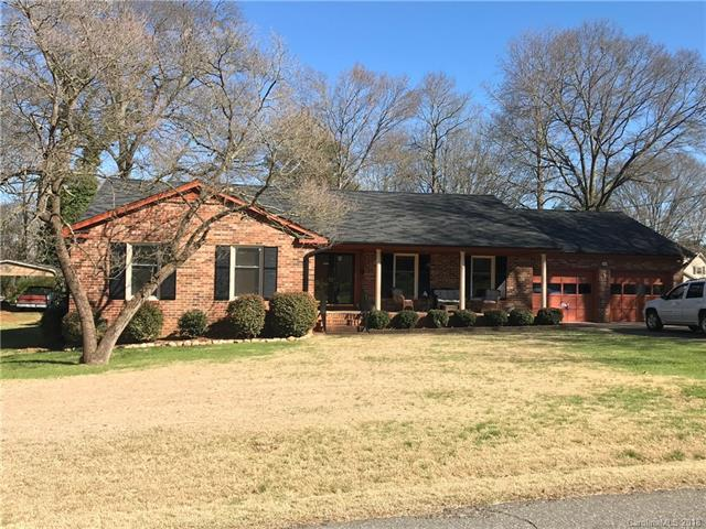 204 Madison Drive, Mount Holly, NC 28120 (#3368527) :: Pridemore Properties