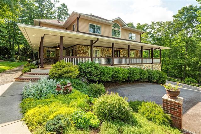15 Oak Hollow Drive, Asheville, NC 28805 (#3369342) :: Odell Realty