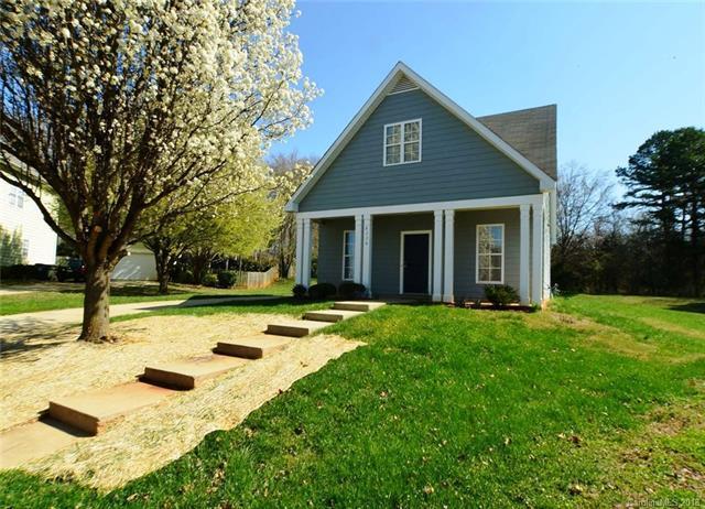 8228 Ballymore Court, Huntersville, NC 28078 (#3370234) :: Cloninger Properties
