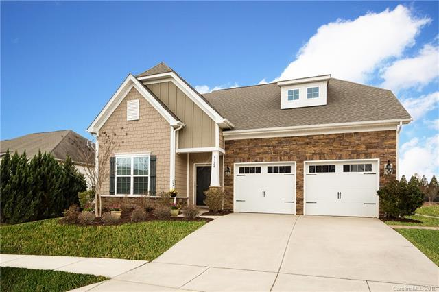 4124 Mccamey Drive, Matthews, NC 28104 (#3370637) :: Miller Realty Group