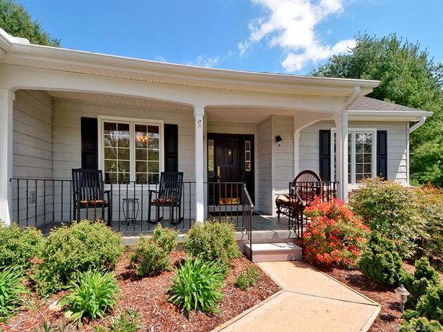 116 Cypress Point, Hendersonville, NC 28739 (#3372032) :: Stephen Cooley Real Estate Group