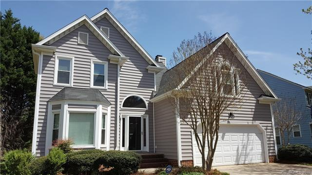 9424 Copper Hill Lane, Charlotte, NC 28269 (#3372553) :: RE/MAX Metrolina