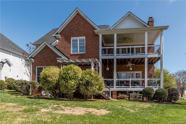 15825 Northstone Drive, Huntersville, NC 28078 (#3372891) :: LePage Johnson Realty Group, LLC