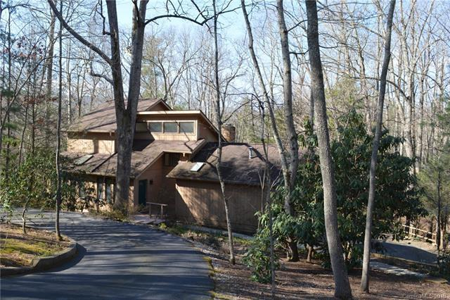 30 Hunters Lane, Hendersonville, NC 28791 (#3373142) :: LePage Johnson Realty Group, LLC