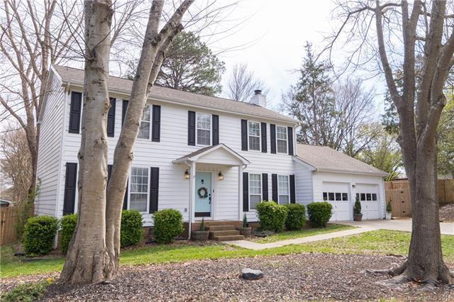 6818 Pin Oak Court, Charlotte, NC 28226 (#3374173) :: LePage Johnson Realty Group, LLC