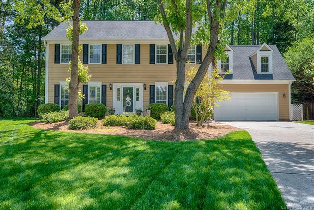 9040 Pickering Grove Lane, Charlotte, NC 28216 (#3374348) :: Miller Realty Group