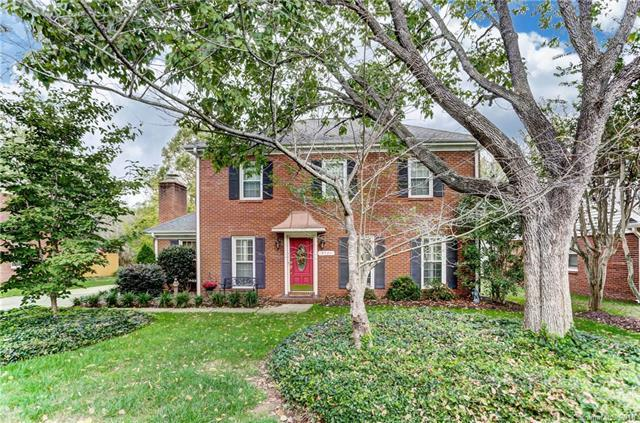 9721 Ridgemore Drive, Charlotte, NC 28277 (#3374470) :: LePage Johnson Realty Group, LLC