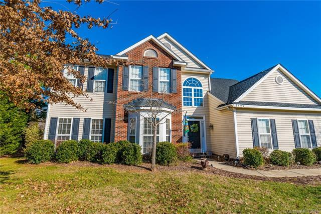 1400 Crestgate Drive, Waxhaw, NC 28173 (#3374513) :: High Performance Real Estate Advisors