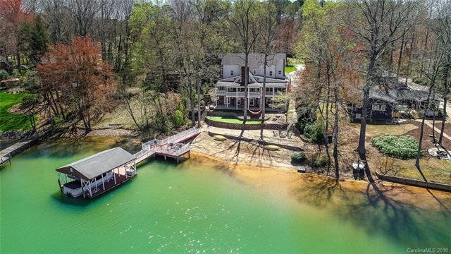 142 Malibu Road, Mooresville, NC 28117 (#3375537) :: The Andy Bovender Team