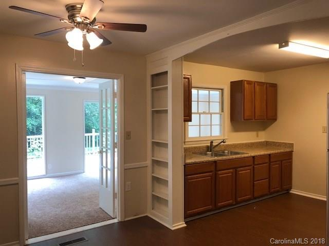 3617 Slagle Drive, Charlotte, NC 28215 (#3377169) :: Exit Mountain Realty