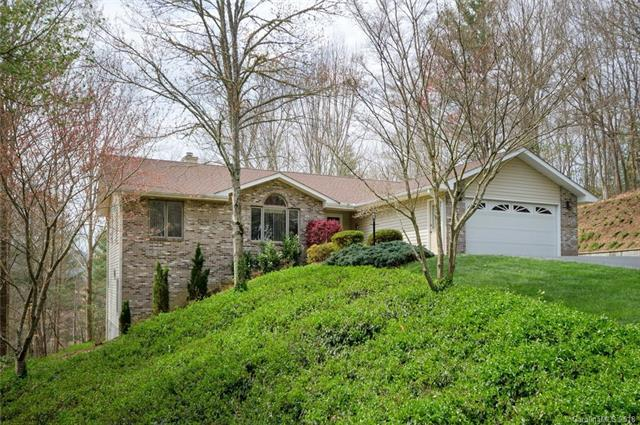 1820 Riverview Court #14, Hendersonville, NC 28739 (#3377508) :: Caulder Realty and Land Co.