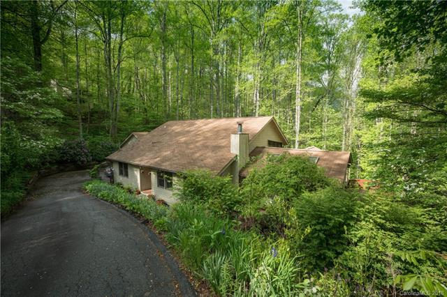 878 Dogwood Drive, Maggie Valley, NC 28751 (#3378262) :: Team Southline