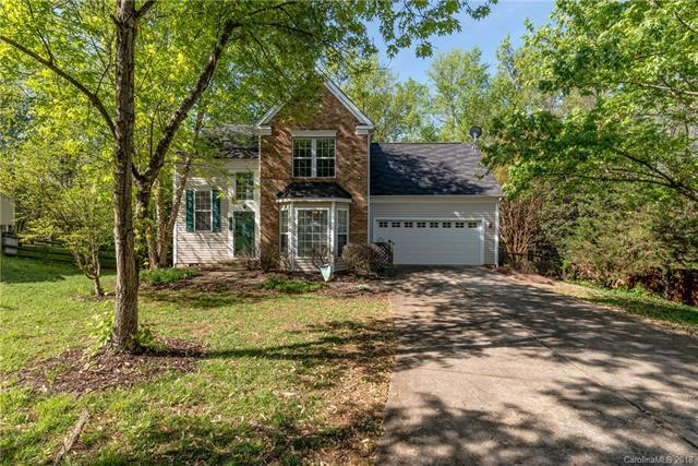 4500 Avalon Forest Lane, Charlotte, NC 28269 (#3379365) :: The Ann Rudd Group