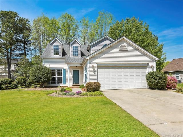 2307 Coatsdale Lane, Matthews, NC 28104 (#3379905) :: Charlotte Home Experts