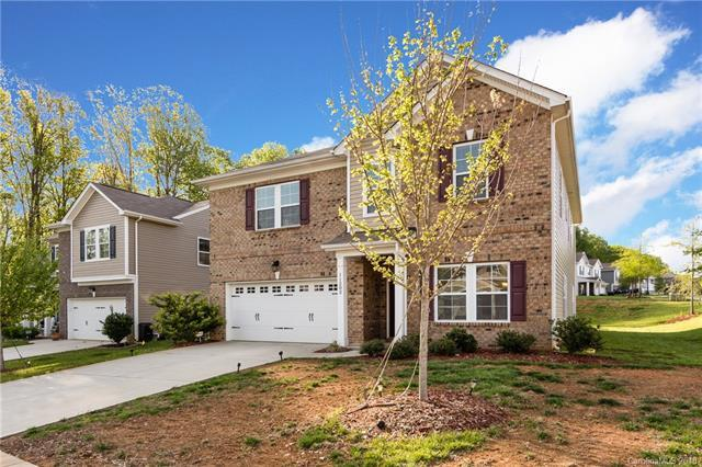 11202 Pond Valley Court, Charlotte, NC 28269 (#3379962) :: Miller Realty Group