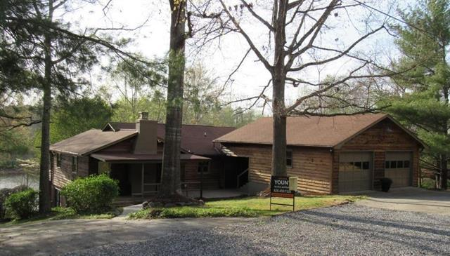 420 Hughes Boulevard, Hickory, NC 28601 (#3381099) :: Burton Real Estate Group