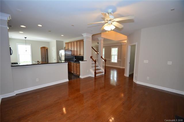8602 Westmoreland Lake Drive, Cornelius, NC 28031 (#3381516) :: Miller Realty Group