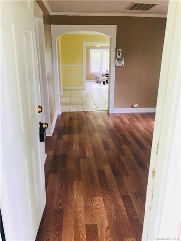 901 Wilmington Avenue #13, Statesville, NC 28677 (#3381789) :: Burton Real Estate Group