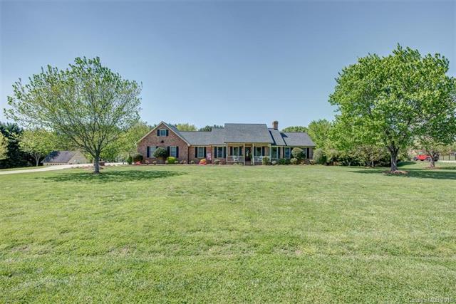 606 Sandycrest Drive, Cherryville, NC 28021 (#3382636) :: Stephen Cooley Real Estate Group
