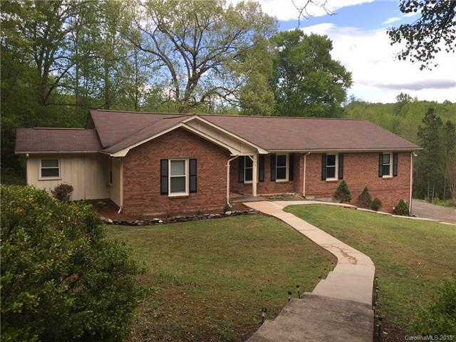 405 Valley Court, Bessemer City, NC 28016 (#3383236) :: Rinehart Realty
