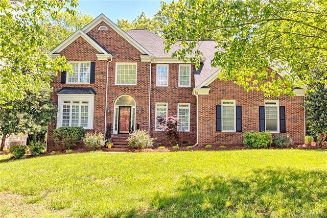10617 Providence Arbours Drive, Charlotte, NC 28270 (#3385406) :: LePage Johnson Realty Group, LLC