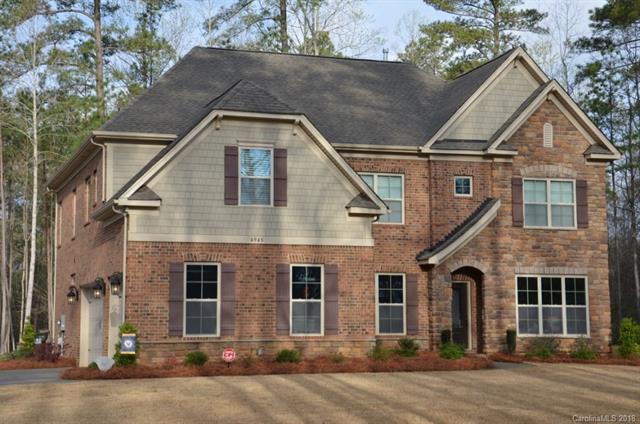 4945 River Oaks Road, Lake Wylie, SC 29710 (#3386812) :: Mossy Oak Properties Land and Luxury