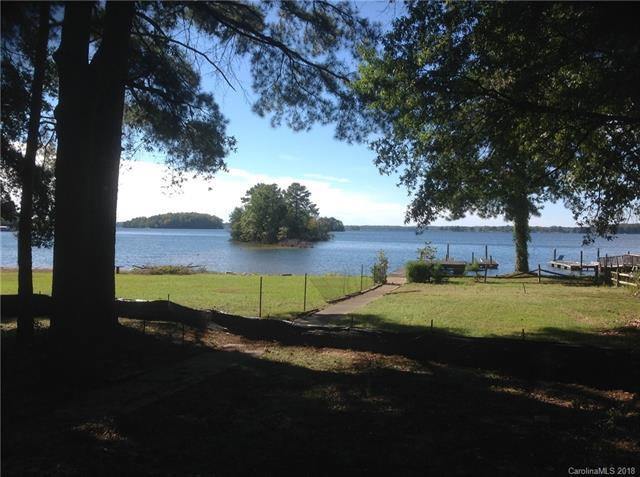 20701 Island Forest Drive, Cornelius, NC 28031 (#3387235) :: The Ramsey Group