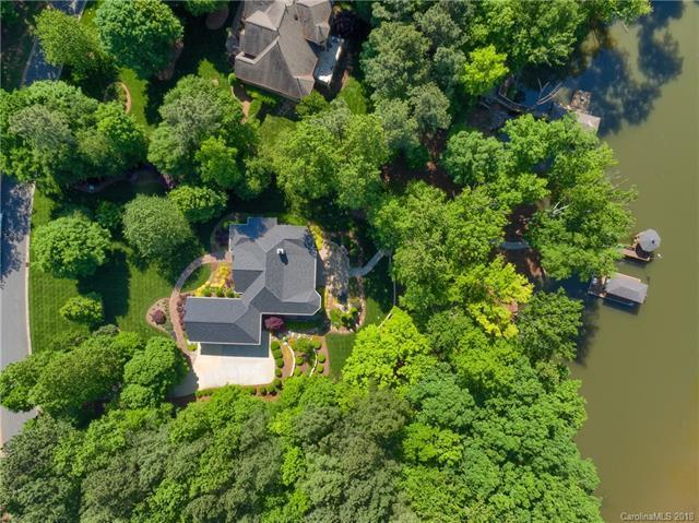 5200 Woodland Bay Drive, Belmont, NC 28012 (#3387353) :: Mossy Oak Properties Land and Luxury