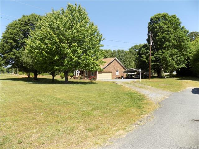 7900 Reedy Creek Road, Charlotte, NC 28215 (#3388121) :: Exit Mountain Realty
