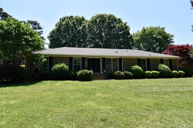 3701 Juniper Street, Matthews, NC 28105 (#3388765) :: LePage Johnson Realty Group, LLC
