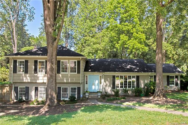 300 Robmont Road, Charlotte, NC 28270 (#3390023) :: Team Southline