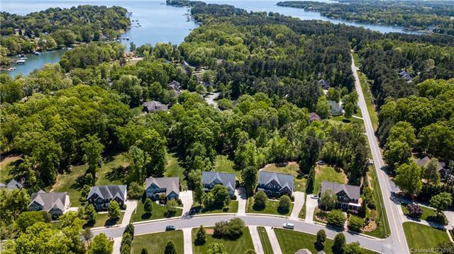 114 Isle Run Drive, Mooresville, NC 28117 (#3390219) :: LePage Johnson Realty Group, LLC