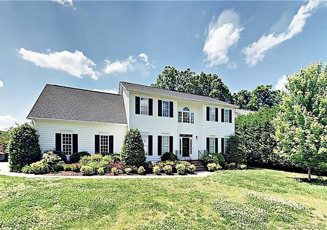 10913 Persimmon Creek Drive, Mint Hill, NC 28227 (#3391755) :: Exit Mountain Realty