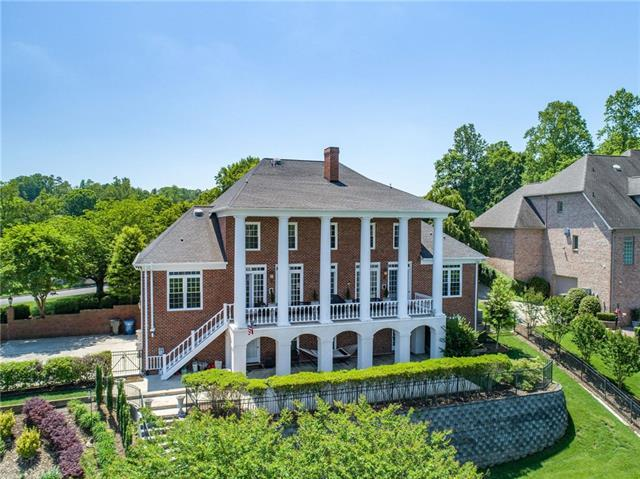 270 44th Ave Circle NW, Hickory, NC 28601 (#3391777) :: Rowena Patton's All-Star Powerhouse