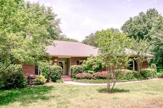 3736 Mckee Road, Charlotte, NC 28270 (#3392293) :: The Ramsey Group