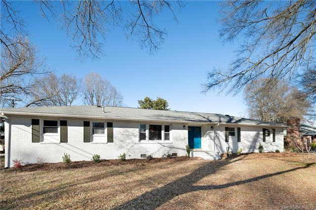 690 Fielding Road, Charlotte, NC 28214 (#3393218) :: Exit Mountain Realty