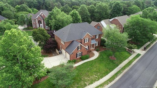 4732 Fairvista Drive, Charlotte, NC 28269 (#3393251) :: Leigh Brown and Associates with RE/MAX Executive Realty