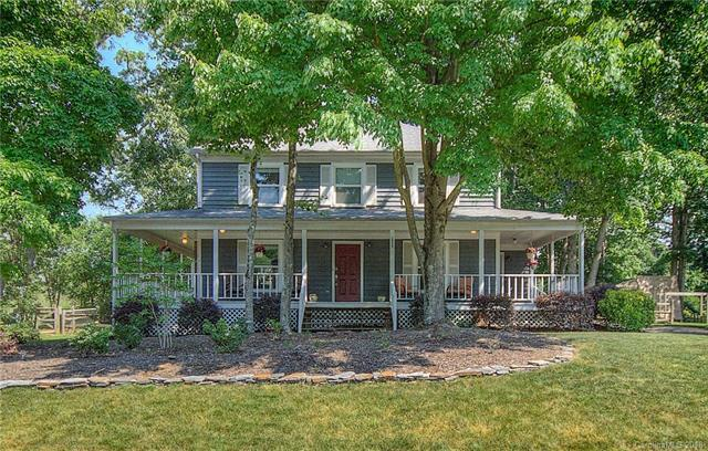2935 Butter Churn Lane, Matthews, NC 28105 (#3393442) :: The Premier Team at RE/MAX Executive Realty