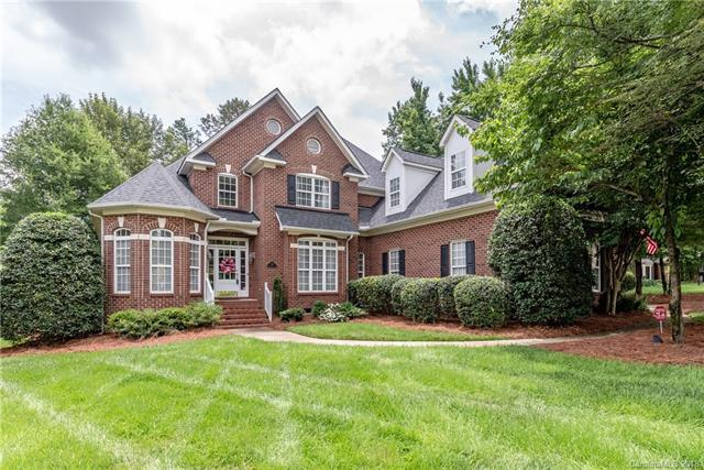 719 Donegal Court, Matthews, NC 28104 (#3393824) :: Odell Realty Group