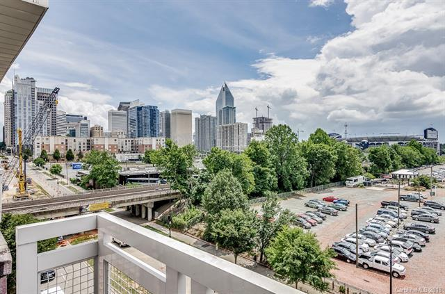 710 W Trade Street #706, Charlotte, NC 28202 (#3393848) :: Miller Realty Group