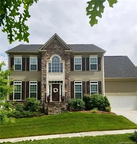 10704 Drake Hill Drive, Huntersville, NC 28078 (#3394201) :: The Ramsey Group