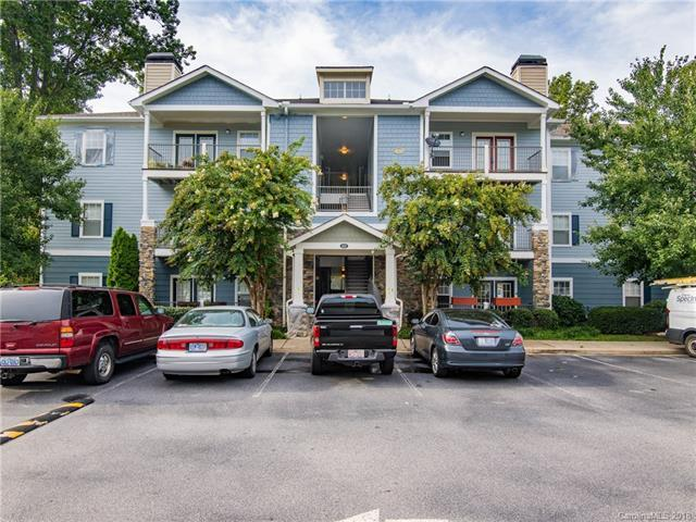 400 Vista Lake Drive #308, Candler, NC 28715 (#3395567) :: The Sarver Group