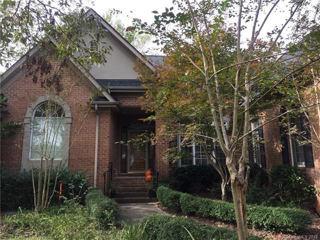 16246 Crest Cove Road, Charlotte, NC 28278 (#3396427) :: RE/MAX Four Seasons Realty
