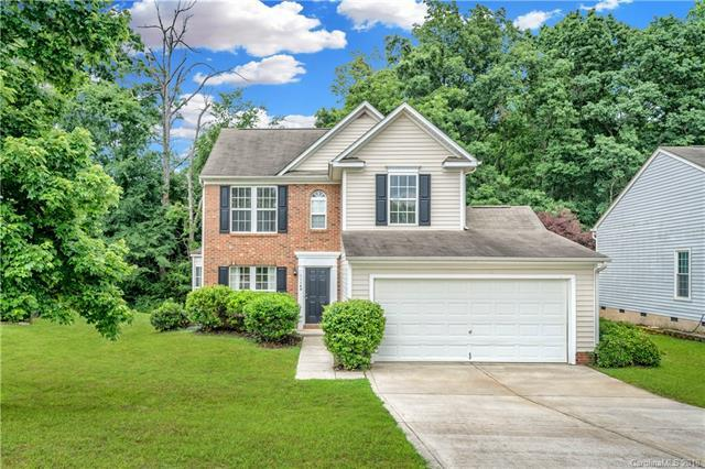 11140 Carver Pond Road, Charlotte, NC 28269 (#3397288) :: Rowena Patton's All-Star Powerhouse powered by eXp Realty LLC