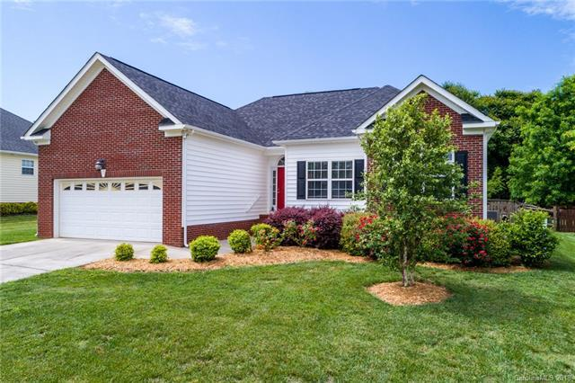 1399 Plantation Hills Drive, Rock Hill, SC 29732 (#3397439) :: Puma & Associates Realty Inc.